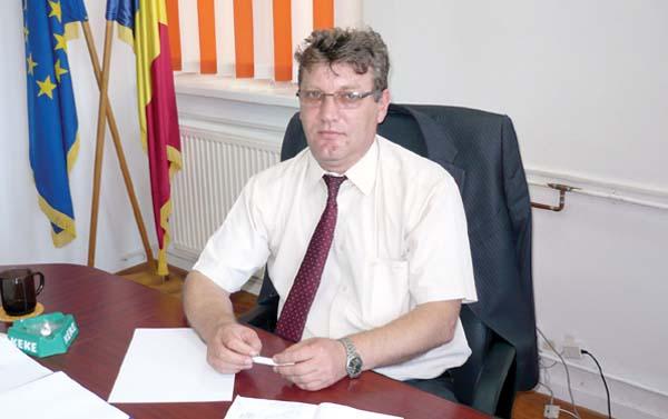 Smeureanu propus de PNL secretar de stat in Ministerul Educatiei