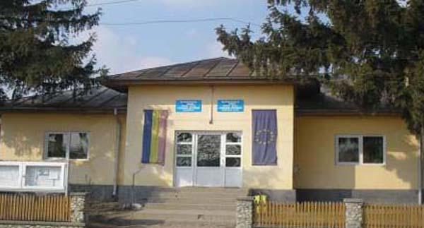 Comuna Zatreni, localitatea pe care Ceausescu a vrut sa o rada de pe fata pamantului