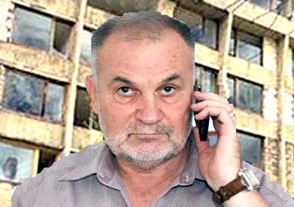 Primarul din Voineasa il executa silit pe sindicalistul Parvu