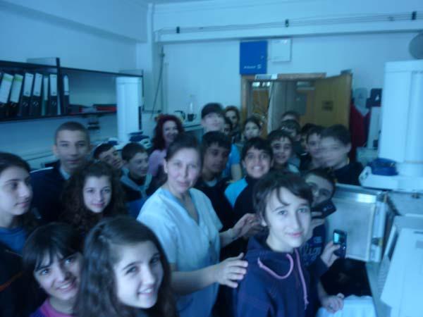 Elevii valceni au vizitat sediul ABA Olt