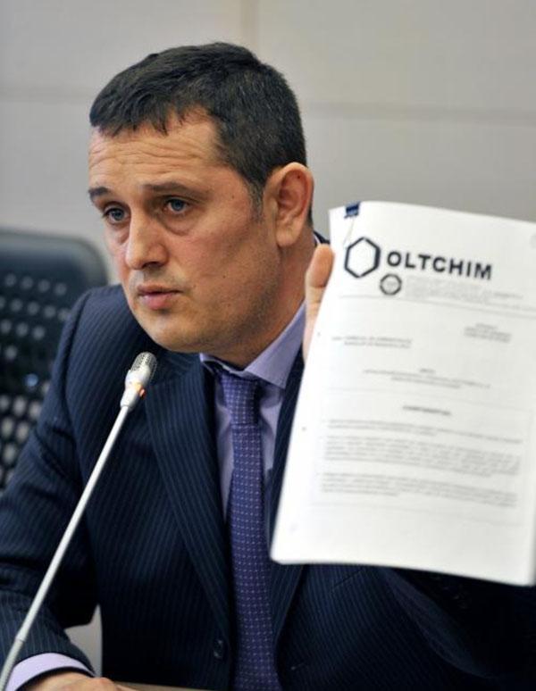 900 de salariati ai Oltchim vor fi concediati incepand de saptamana viitoare