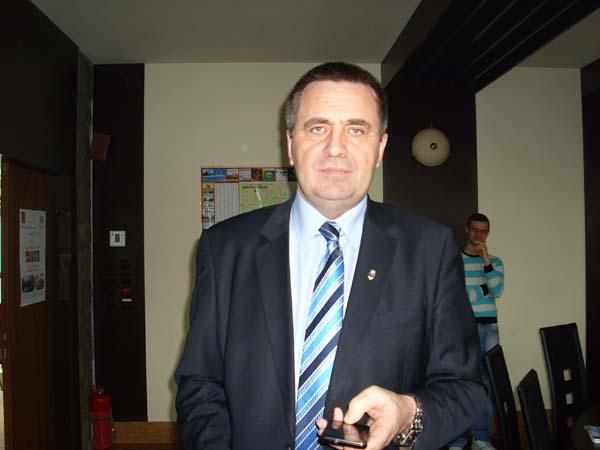 Primarul interimar Gigi Matei, lovit zdravan de democrat-liberali