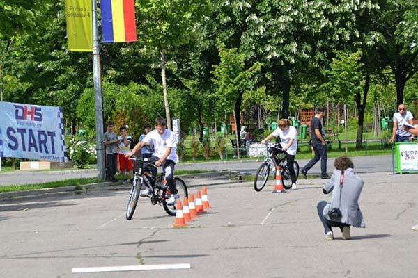 Elevii de la Scoala Nr. 5 au luat locul III la cupa DHS la ciclism
