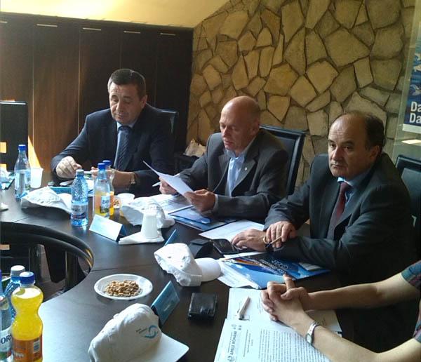 Problema disparitiei sturionilor dezbatuta in comitetul de Bazin Olt