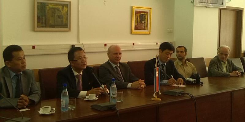 Kim Son Gyong, ambasadorul Coreei de Nord, pentru prima dată în România, vizitând Râmnicul.