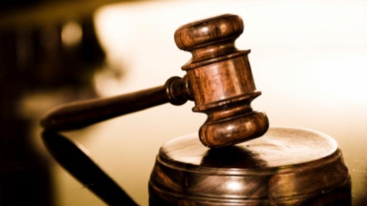Administratori vâlceni trimişi în judecată pentru evaziune fiscală