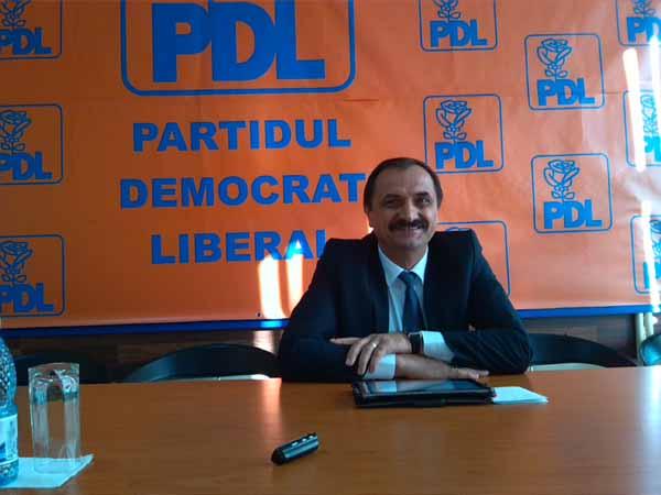 PDL solicită primarului Emilian Frâncu să retragă de urgenţă documentele care împiedică accesul presei în primărie
