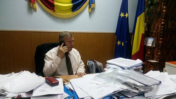 Primarul Alexandru Roșu: PNL Vâlcea se scindează