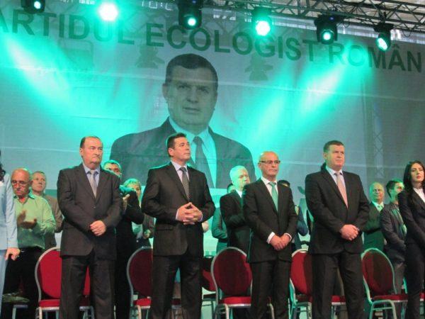 Lansarea din 5 mai în imagini: Mircia Gutău şi-a dublat susţinătorii… i-a numărat ca Anastase