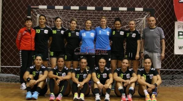 Echipa-feminina-de-handbal-HCM