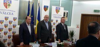 """Constantin Rădulescu își bate joc de echipa de fotbal """"Flacăra Horezu"""""""