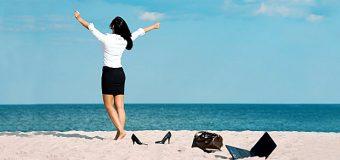 Bagaj de concediu: 5 articole vestimentare care nu pot fi uitate acasă