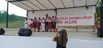 """VIDEO/FOTO Festivalul dansului popular vâlcean """"Brâul de Aur"""" – ediția 47"""