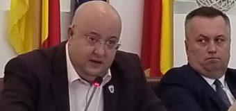 POLITIC – Constantin Rădulescu, critică dură la adresa lui Dragnea și Dăncilă, în ședința de Consiliu Județean