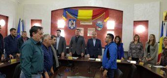 Rădulescu a interzis accesul presei la ședința CJ, Mircia Gutău, pe baza înscrierii prealabile, acceptă presa!